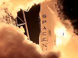 Landung auf Plattform missglückt: SpaceX schießt Satelliten ins All