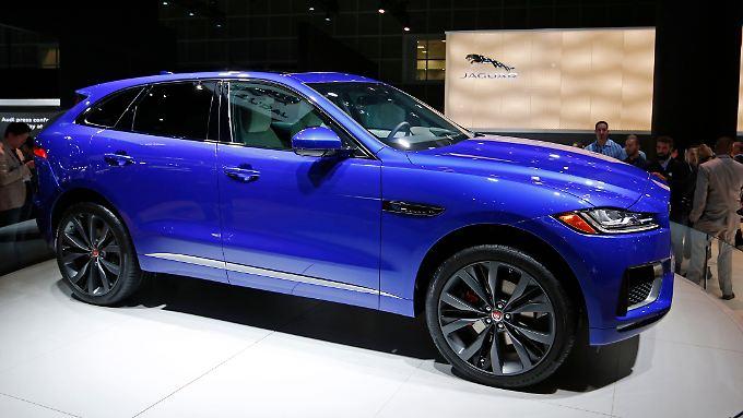 Der F-Pace von Jaguar will mit einer Mischung aus Sportlichkeit und Alltagstauglichkeit punkten.