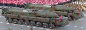 """""""Wahre atomare Abschreckung"""": Kim: Nordkorea baut Standard-Sprengköpfe"""