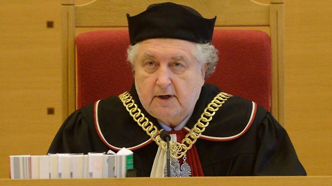 """""""Das Gesetz verhindert eine zuverlässige und reibungslose Arbeit des Gerichts"""", so Verfassungsrichter Rzeplinski."""