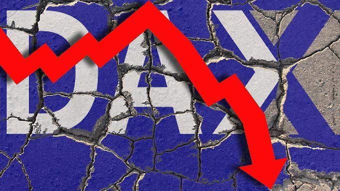 Nach zwischenzeitlich satten Gewinnen rauscht der Dax am Ende des Handelstages in die Tiefe.