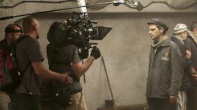 Die Kamera ist permanent an der Seite von Saul, zeigt sein Gesicht oder seine Perspektive.