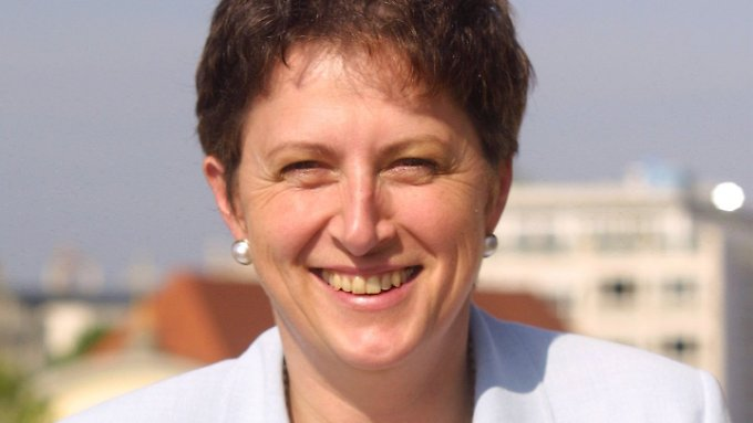 Brexit-Befürworterin Gisela Stuart wurde 1955 im niederbayerischen Velden geboren.