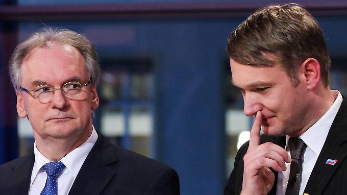 Ministerpräsident Reiner Haseloff von der CDU und AfD-Spitzenkandidat André Poggenburg, der voraussichtlich neue Oppositionsführer in Sachsen-Anhalt.