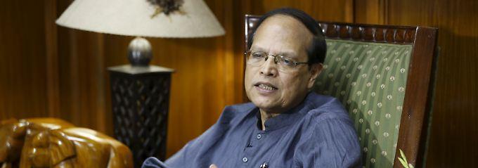 Atiur Rahman gibt seinen Posten auf.