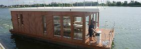 Die gemütliche Hotel-Alternative: Kapitänsfeeling auf dem Hausboot