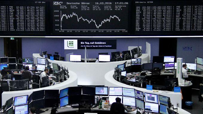 Der Dax zur Wochenmitte: Die große Frage war laut Marktteilnehmern, ob die US-Notenbank es schafft, den Zinserhöhungspfad beizubehalten.
