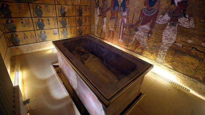 Grabkammer des Tutanchamun im Tal der Könige - hinter der Wand werden zusätzliche Räume vermutet.