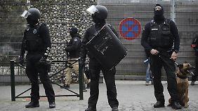 Meistgesuchter Mann Europas: Einsatzkräfte fassen Paris-Attentäter