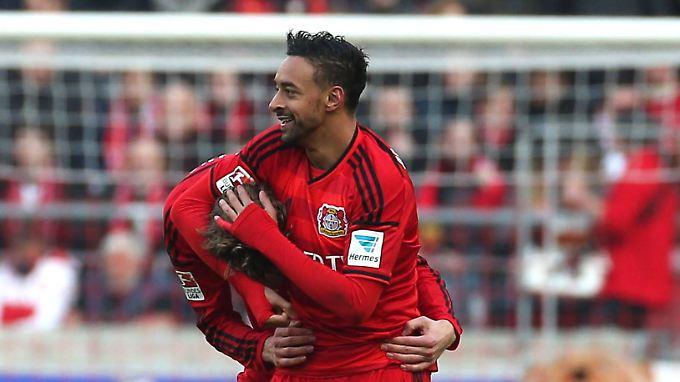 Leverkusen gewinnt verdient und  rutscht auf den sechsten Platz.