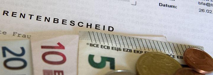 Welche Rente passt zu mir? Versicherte sollten sich entscheiden, bevor der Bescheid bindend wird.