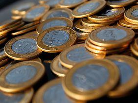 Wenn die Fed Geld pumpt, hilft das den Brasilianern gar nicht: Für Europäer wirken Real-Münzen dennoch sehr vertraut.