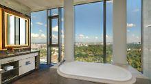 Einblicke in das Waldorf Astoria: Wie der Concierge für 5-Sterne-Luxus sorgt