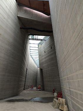 Die im Bau befindliche Replik Lascaux IV (Bild vom 3. März 2016). Daraus soll das Innere der Höhle gestaltet werden.