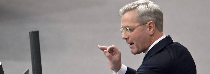 """""""Wenn das so weitergeht, sind am Ende alle Verlierer"""", warnt Norbert Röttgen die EU-Staaten."""