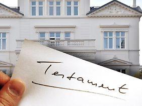 Weil ein Testament nicht mehr auffindbar war, hörte das OLG Karlsruhe Beteiligte und forderte ein Sachverständigengutachten für die Beweisaufnahme an.