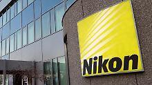 Nikon hat Probleme mit der Kamera D750. Der Verschluss funktioniert bei einigen Geräten nicht zuverlässig. Auch neuere Kameras können betroffen sein und werden überprüft. Foto: Martin Gerten