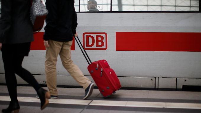 Die Deutsche Bahn will mit der Sieger-Bahncard neue Kunden anlocken.
