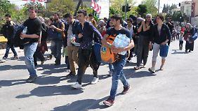 500 Flüchtlinge fliehen aus Camp in Chios: Griechenland ebnet Weg für Rückführung in die Türkei
