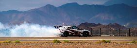 Querfahrt ins Guinnes Buch: Nissan GT-R driftet zum Weltrekord