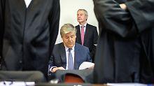 Plädoyer im Deutsche-Bank-Prozess: Anklage fordert Haftstrafen für Ex-Banker