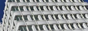 Anleger haben bis Ende Februar 2016 rund 1,7 Milliarden Euro neu in offene Immobilienfonds investiert.