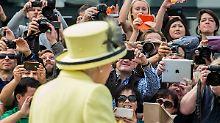 """""""So ein Funkeln in den Augen"""": Elizabeth II. – die Dauerkönigin"""