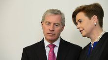 Jürgen Fitschen mit seiner Anwältin Barbara Livonius.