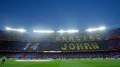Adieu! Fans des FC Barcelona gedenken der verstorbenen Klublegende Johan Cruyff.