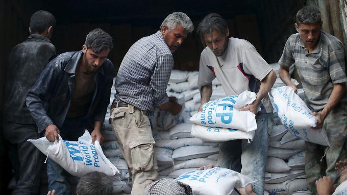 Das Welternährungsprogramm (WFP) versorgt jeden Monat rund vier Millionen Menschen in Syrien.