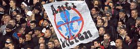 Stadionverbot für Frankfurter bleibt: Gericht kippt Fan-Sperrzone in Darmstadt