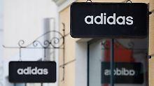 Reaktion auf kriselndes Geschäft: Adidas will Teile der Golfsparte verkaufen