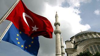 Umstrittene Empfehlung aus Brüssel: Visa-Freiheit für die Türkei soll kommen