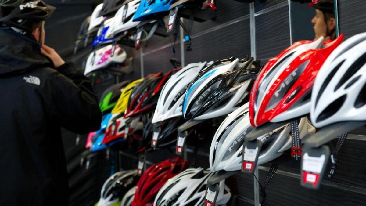 airbag schal oder hauch von nichts wer braucht welchen fahrradhelm n. Black Bedroom Furniture Sets. Home Design Ideas