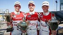 Audi Sport TT Cup: Van der Linde dominiert Saisonauftakt