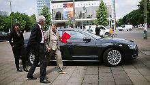 Der Dienstwagen der Bundesumweltministerin Hendricks schnitt beim Dienstwagencheck der Deutsche Umwelthilfe schlecht ab.