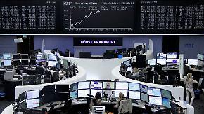 Weltindex im April: Anleger müssen weiter mit Schwankungen rechnen