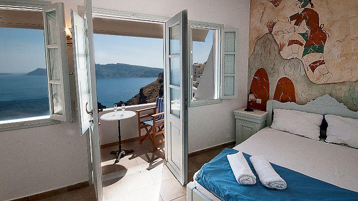 Mit diesem Ausblick kann der Urlaubstag beginnen: Die Unterkunft steht in Griechenland.