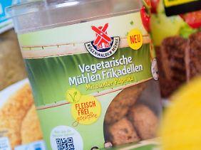 Vegane Schnitzel, vegetarische Frikadellen und vegetarische Grillsteaks: Der Anteil fleischloser Lebensmittel steigt.