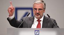 Aufsichtsratschef: Kapital verdoppelt: Deutsche Bank schließt Staatshilfen aus