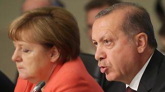 Scheitert der EU-Türkei-Flüchtlingsdeal?: Merkel stößt bei Erdogan auf wenig Entgegenkommen
