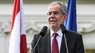 Neues Staatsoberhaupt in Österreich: Ex-Grünen-Chef Van der Bellen siegt gegen Rechtspopulist Hofer
