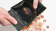 Ein Vermieter kann einen Nachlasspfleger bestellen, wenn sein verarmter Mieter verstorben ist und noch Schulden offen sind.