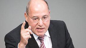 """Krach in der Linkspartei: Wagenknecht beklagt Gysis """"Querschüsse"""""""