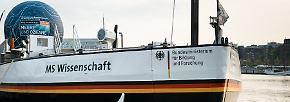 """Meeresausstellung auf dem Wasser: Die """"MS Wissenschaft"""" tourt durch Deutschland"""