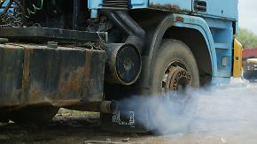 Brandbrief an EU-Kommissionschef Juncker: Großkonzerne fordern strengere Abgasvorschriften für Lkw