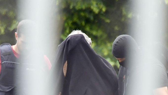 Massaker in Düsseldorf geplant: Sicherheitsbehörden nehmen Terror-Verdächtige fest