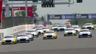 Packende Duelle und Überholmanöver: Das war der Audi Sport TT Cup auf dem Nürburgring