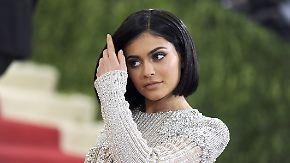 Promi-News des Tages: Kylie Jenner schlürft 100-Dollar-Limo