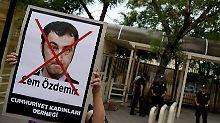 Proteste vor der deutschen Botschaft in Ankara.